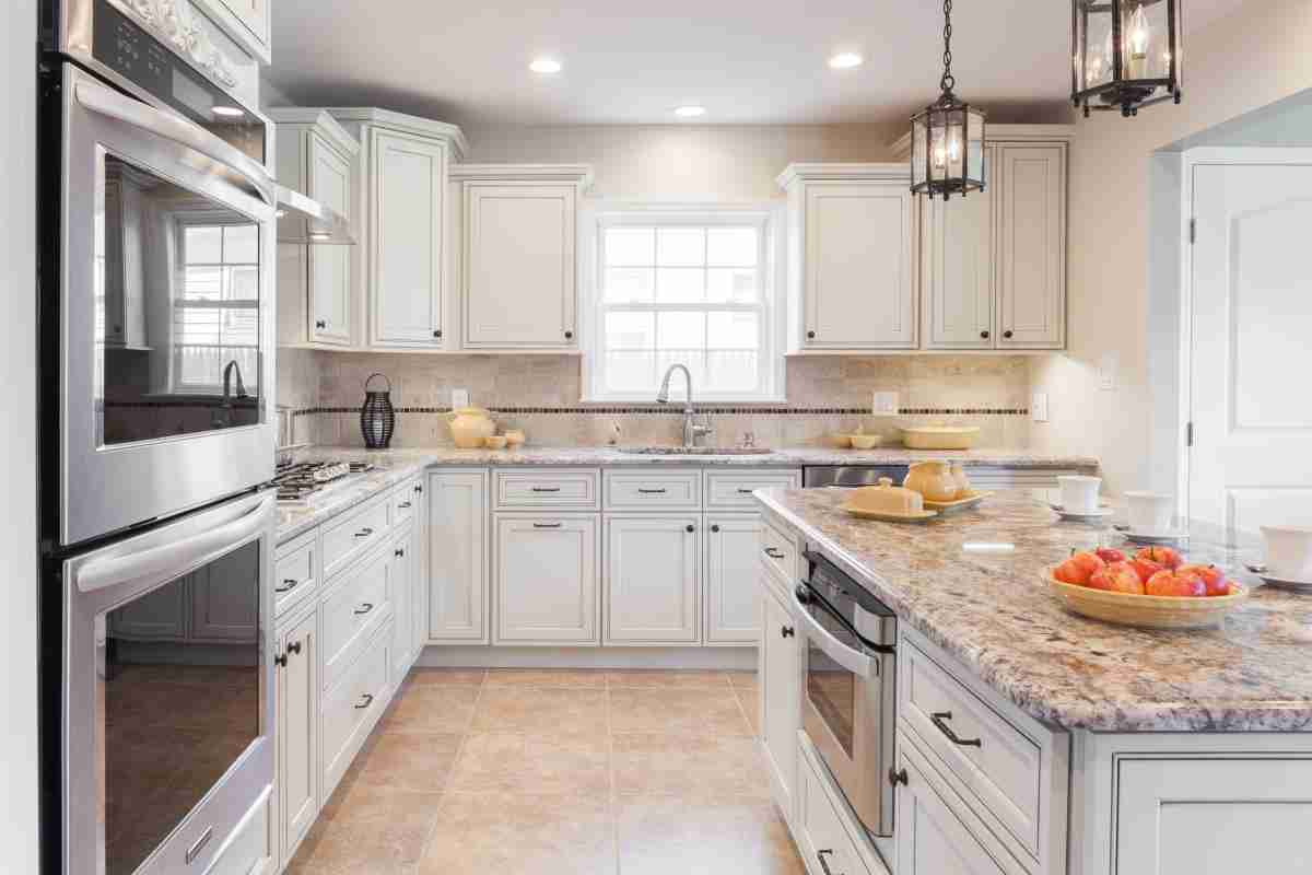 J&K Cabinetry Pearl Glazed with Countertop